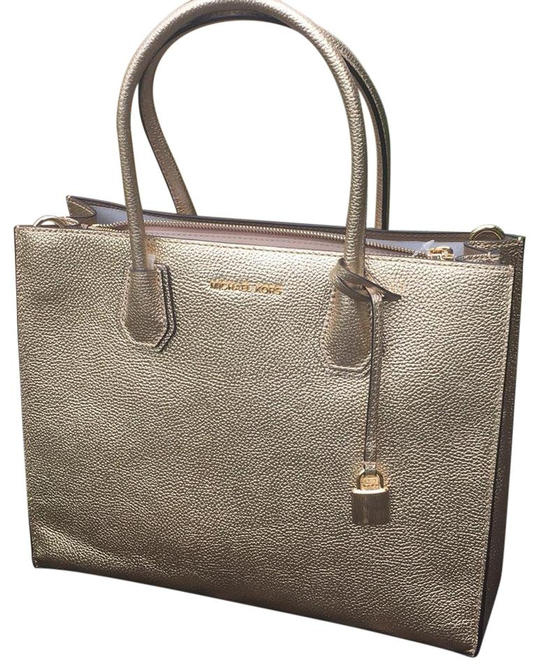06a1ad586e5c Michael Kors Large Mercer Tote Pale Gold Pebbled Leather Satchel ...