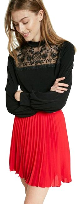 Preload https://img-static.tradesy.com/item/24034803/black-lace-mock-neck-long-sleeve-blouse-size-4-s-0-2-650-650.jpg