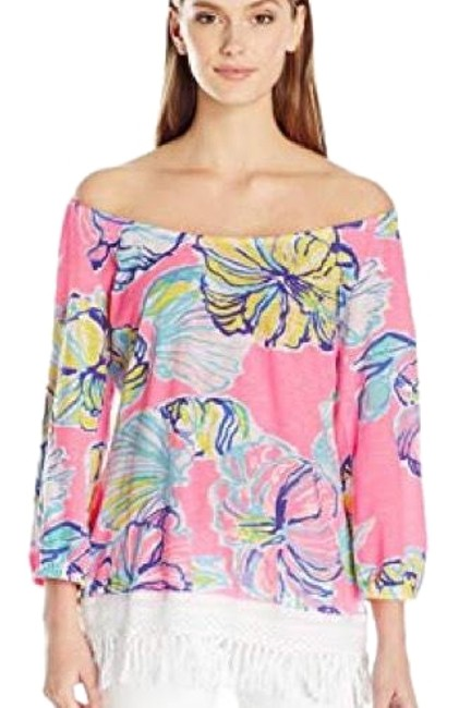 Preload https://img-static.tradesy.com/item/24035133/lilly-pulitzer-blouse-size-2-xs-0-1-650-650.jpg