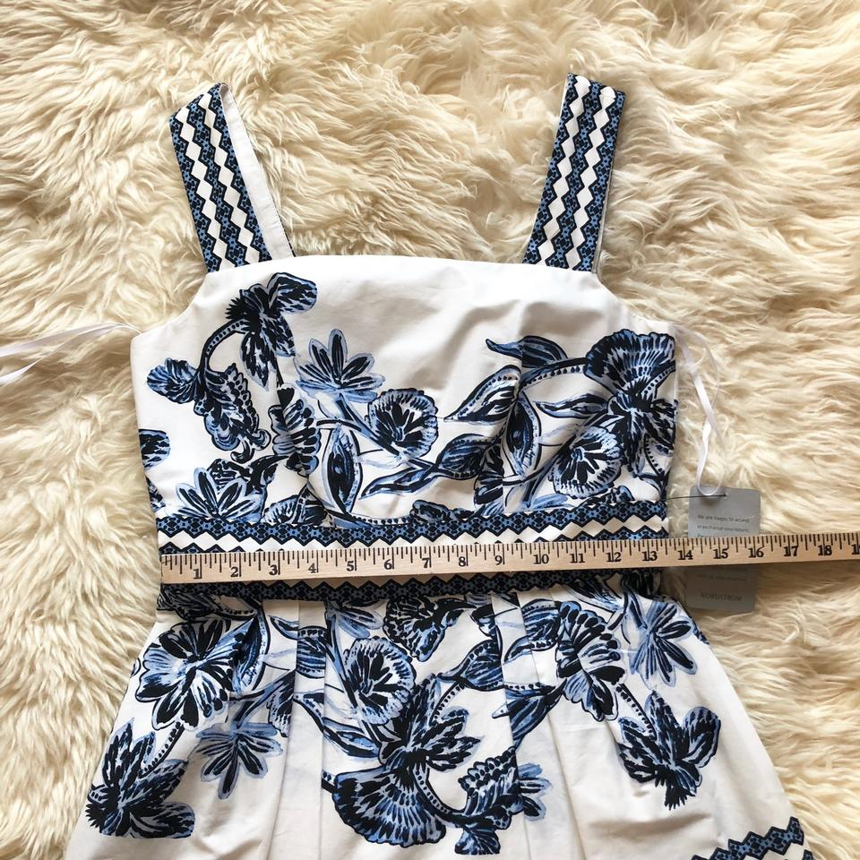 ad1de853945 Vince Camuto Blue Fit   Flare Floral Printed A-line Short Casual ...