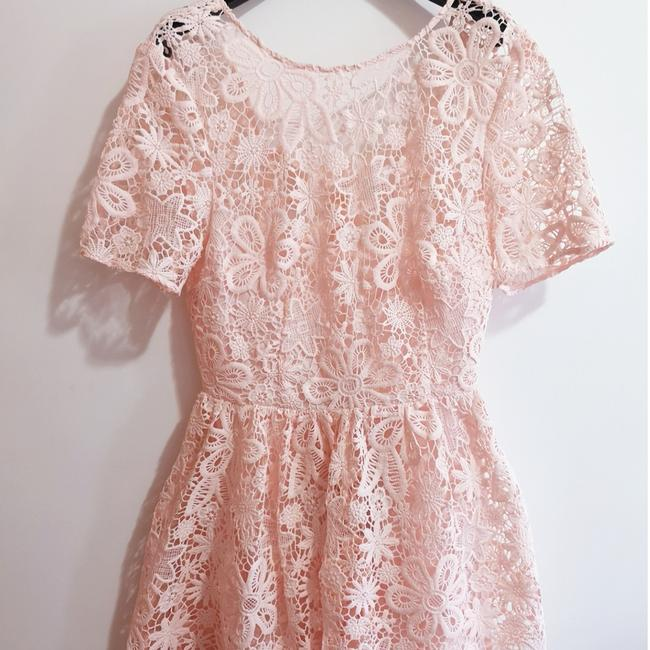 Preload https://img-static.tradesy.com/item/24035974/asos-pink-lace-back-mid-length-formal-dress-size-10-m-0-2-650-650.jpg
