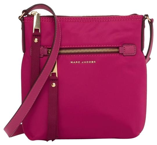 Preload https://img-static.tradesy.com/item/24036130/marc-jacobs-trooper-hibiscuspink-nylon-cross-body-bag-0-12-540-540.jpg