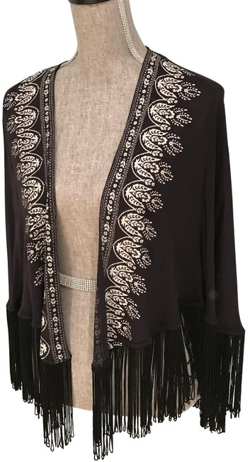 Preload https://img-static.tradesy.com/item/24036213/hollister-black-blackivory-print-kimono-with-fringe-small-cardigan-size-6-s-0-3-650-650.jpg