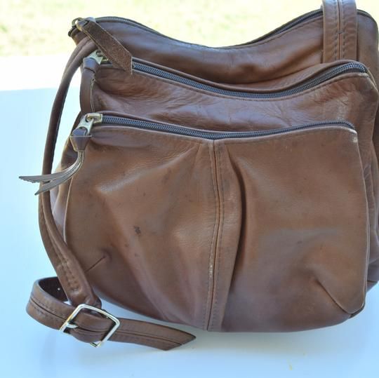 Vintage Cross Body Bag Image 8