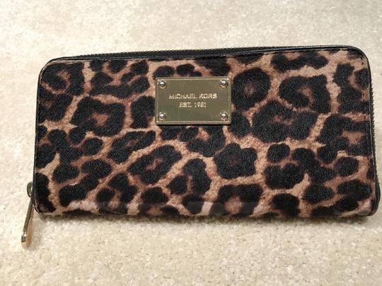 Michael Kors Michael Kors Hair Calf Leopard Print Wallet (MK Dustbag Included) Image 1