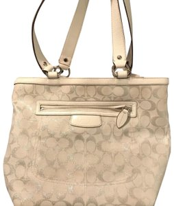Coach Tote in white and silver