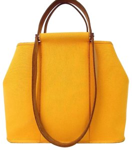 d92971af11a6 Orange Hermès Bags - Up to 90% off at Tradesy (Page 4)