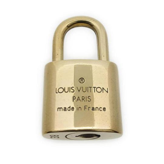 Louis Vuitton Gold Single Key Lock Pad Lock and Key 867780 Image 2