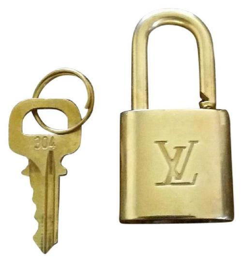 Louis Vuitton Gold Single Key Lock Pad Lock and Key 867780 Image 8