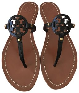 e47fcfe4f1b Tory Burch Sandals on Sale - Up to 70% off at Tradesy