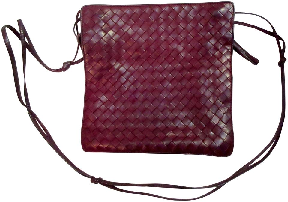 d6f503f4ef Bottega Veneta Lambskin Leather Intrecciato Vintage 1970s Shoulder Bag  Image 0 ...