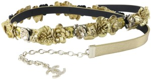 Chanel 18C 85 34 in Fancy Gold Leather Flower Chain Embellished Belt B153