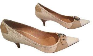 Casadei Made Italy $50 OFF Cream and tan linen and leather soles leather Italian Pumps