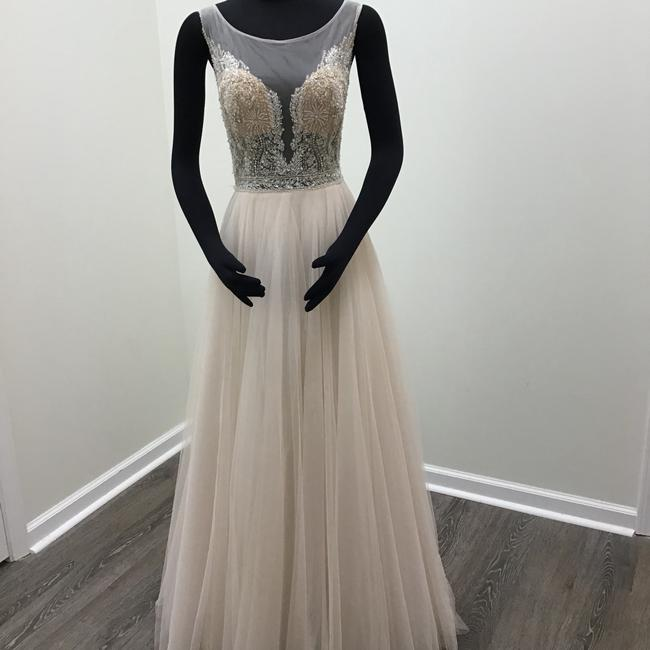 Item - Light Nude/ Porcelain Pink Illusion Tulle Spanish Soft Netting Stretch Silk Charmeuse Lining Swarovski Crystals Kaliah 7082b Feminine Wedding Dress Size 8 (M)