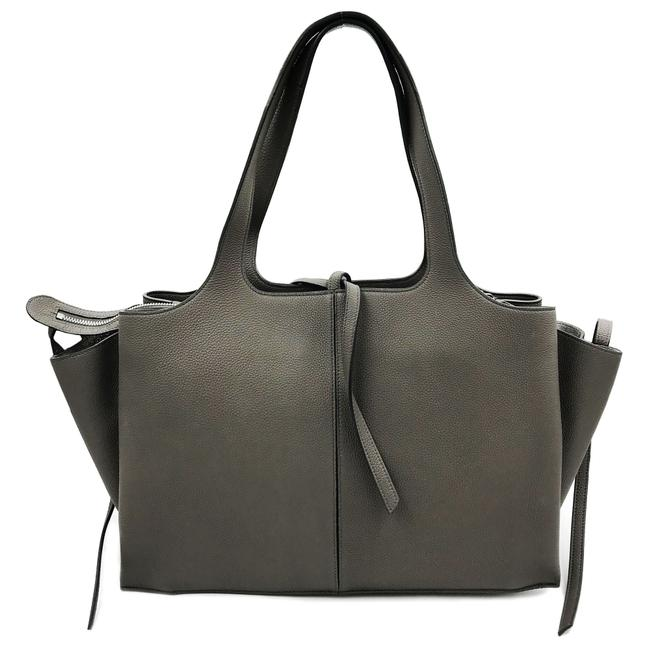 Item - Tri-Fold St Grained Calfskin 17883aik.10dc Gray Leather Tote