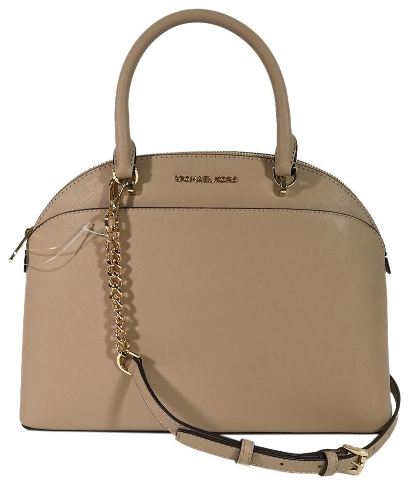 a6403615d169 Michael Kors Crossbody Emmy Leather Charm Satchel in oyster Image 0 ...