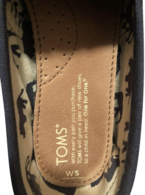 Item - Blue and White Ons Flats Size US 5 Regular (M, B)