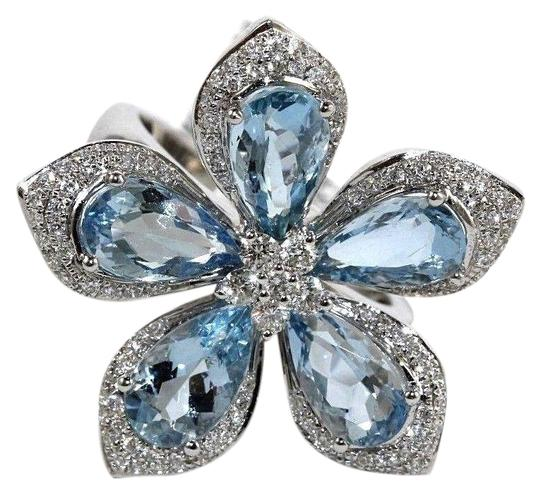 Preload https://img-static.tradesy.com/item/24042044/blue-and-silver-pear-shape-aquamarine-diamond-flower-star-18k-white-gold-536ct-ring-0-1-540-540.jpg