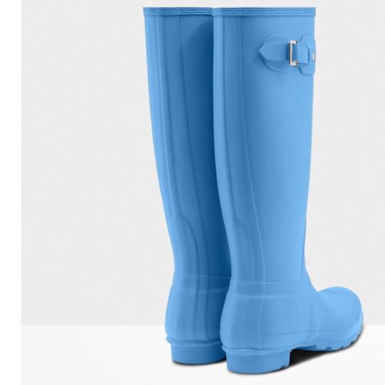 Hunter forget me not Boots Image 3