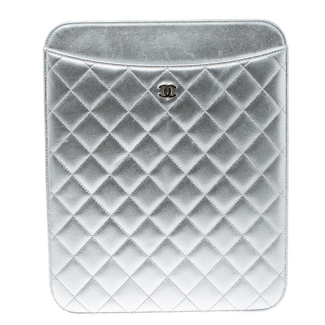 Item - Silver Quilted Leather Ipad Case Tech Accessory