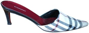 Burberry Made In Italy Fashionable Trendy Eye-catching Tan - Marroon - Black Mules