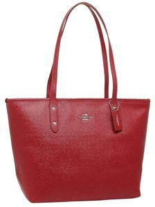 Coach Shoulder Leather Leather Tote in Red