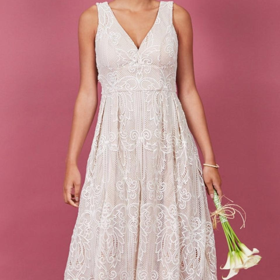 69cff11f85ef Modcloth White Cream Lace Destination Wedding Dress Size 12 (L ...