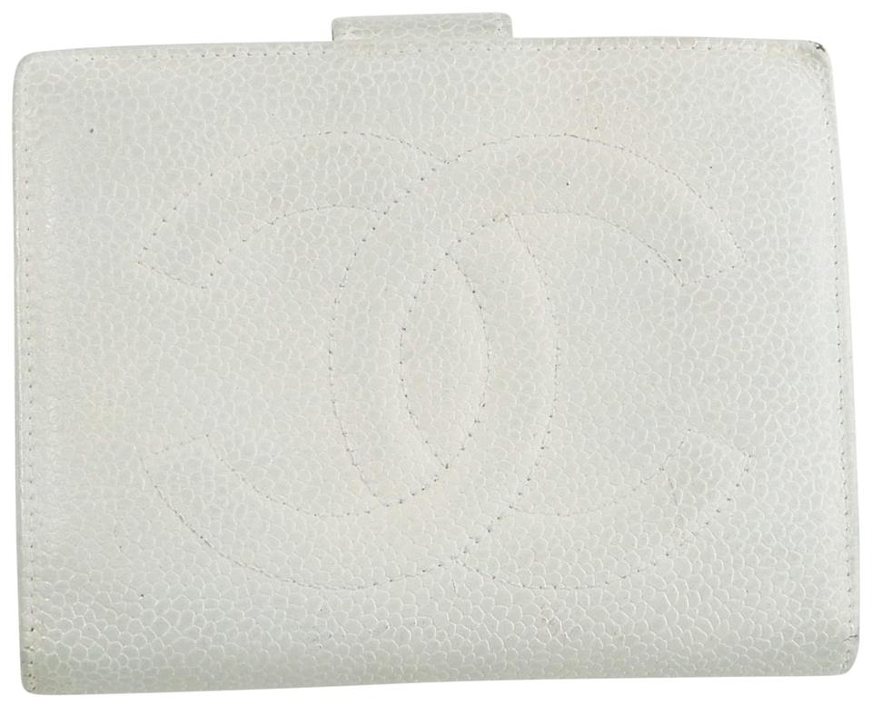 14e958b338b416 Chanel Caviar Leather Bifold Compact Clutch Snap Cocomark Wallet Italy  Image 0 ...