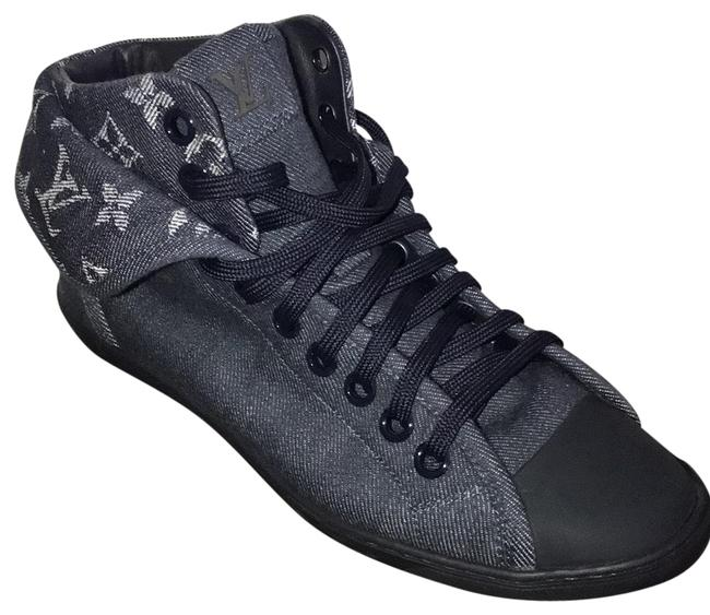 Louis Vuitton Blue Monogram Denim Sneakers Size EU 38 (Approx. US 8) Regular (M, B) Louis Vuitton Blue Monogram Denim Sneakers Size EU 38 (Approx. US 8) Regular (M, B) Image 1