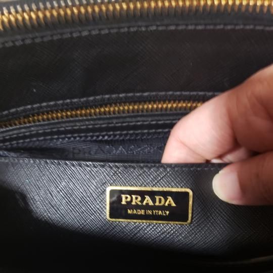 Prada Tote in Black. Image 6