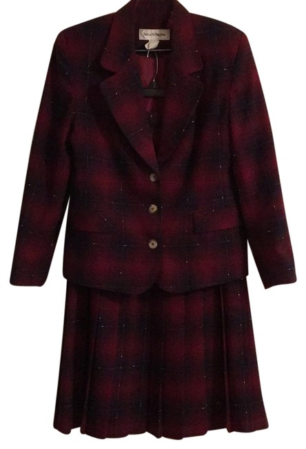 Norton McNaughton Wine and Navy with White Accents Rn 57803 Skirt Suit Size 10 (M) Norton McNaughton Wine and Navy with White Accents Rn 57803 Skirt Suit Size 10 (M) Image 1