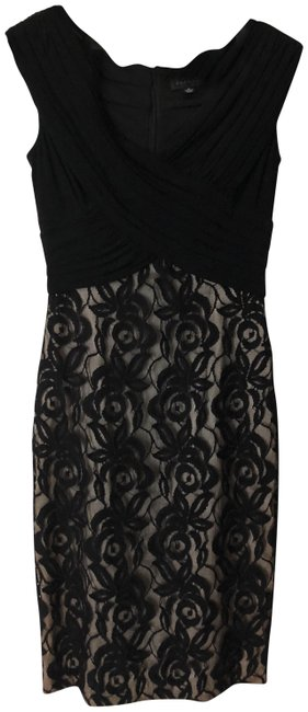 Preload https://img-static.tradesy.com/item/24045026/adrianna-papell-black-short-night-out-dress-size-4-s-0-1-650-650.jpg