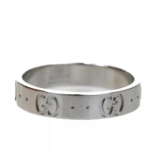 Gucci ICONIC GG LOGO 750 Ring Image 3