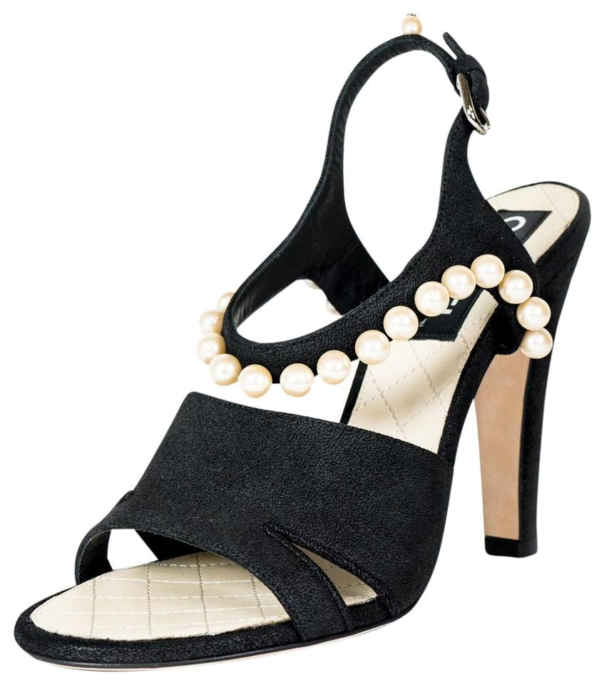 32f01501465 Chanel Black Woven Pearl Sandals. Size  US 7.5 Regular (M ...