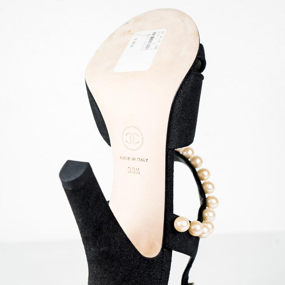 54a10b05a07 Chanel Luxury Classic Pump Pearl Black Sandals Image 6. 1234567