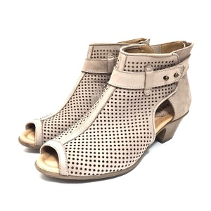 Earth Perforated Leather Ankle Light Tan Boots