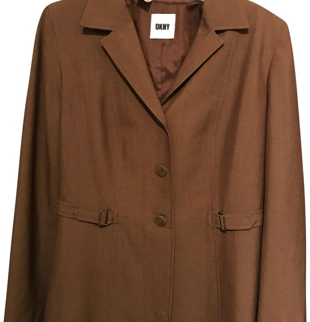 Preload https://img-static.tradesy.com/item/24046080/dkny-brown-coffee-color-stylish-fitted-jacket-blazer-size-14-l-0-1-650-650.jpg