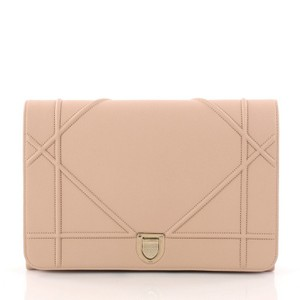Pink Dior Clutches - Up to 90% off at Tradesy bcc72a1528e2c