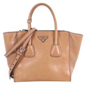 7d07911745d616 Prada Twin Twin Pocket Pocket Glace Calf Small Brown Leather Tote ...