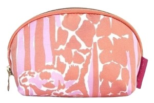 Lilly Pulitzer Lilly pulitizer new with tags giraffee sold out round small clutch