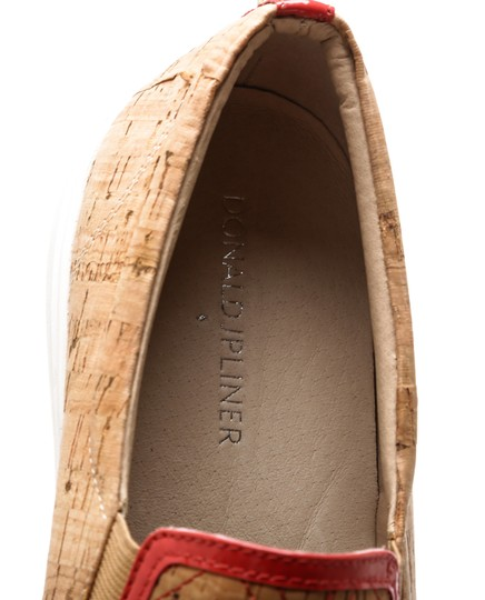 Donald Pliner Brown and Red Flats