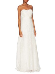 Nicole Miller Bridal Ivory Victoria Formal Wedding Dress Size 6 (S)