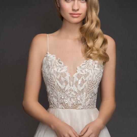 Hayley Paige Ivory Lace and Tulle - Kai Modern Wedding Dress Size 4 (S)