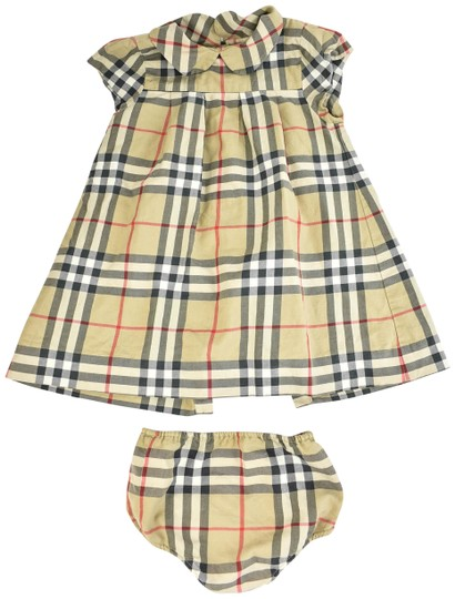 Preload https://img-static.tradesy.com/item/24049467/burberry-toddler-beige-and-nova-check-short-sleeve-dress-w-bloomers-sz-18m-0-1-540-540.jpg
