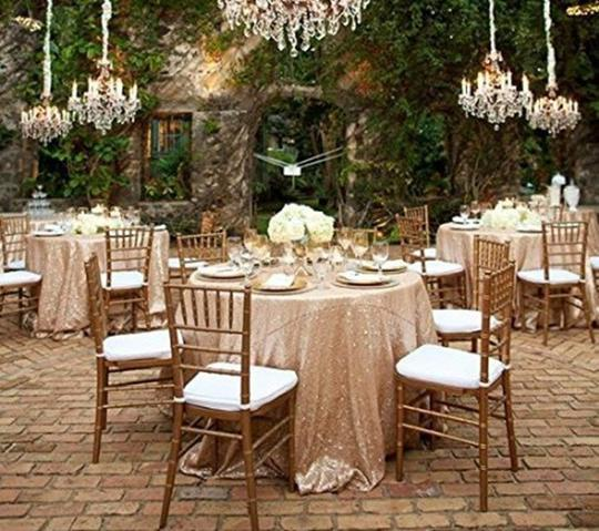 Preload https://item1.tradesy.com/images/champagne-132-round-sequin-tablecloth-24049500-0-0.jpg?width=440&height=440