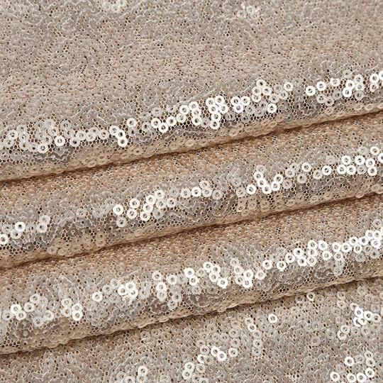 Champagne 132' Round Sequin Tablecloth