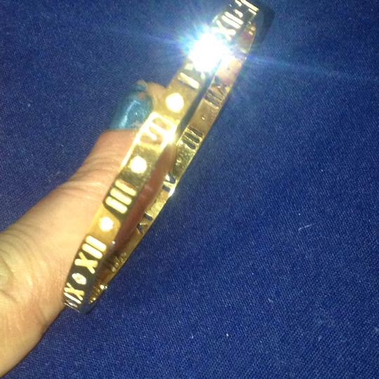 Other gold plated bangle