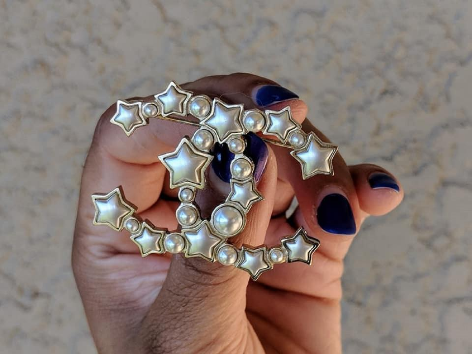 1f1f579026a Chanel Gold Star Resin Pearl Large CC Brooch Image 7. 12345678