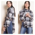 Chloah Plaid High Low Tunic Button-down Top Size 6 (S) Chloah Plaid High Low Tunic Button-down Top Size 6 (S) Image 6