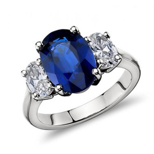 Madina Jewelry White 9.45 Ct Oval Shape Sapphire with Oval Shape Diamond Anniversary Ring